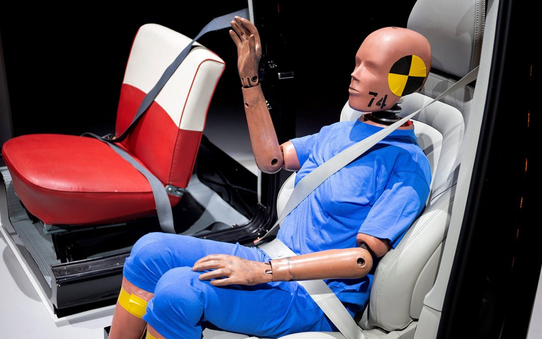 Risk of serious injury relating to posture or safety belts not fitted properly